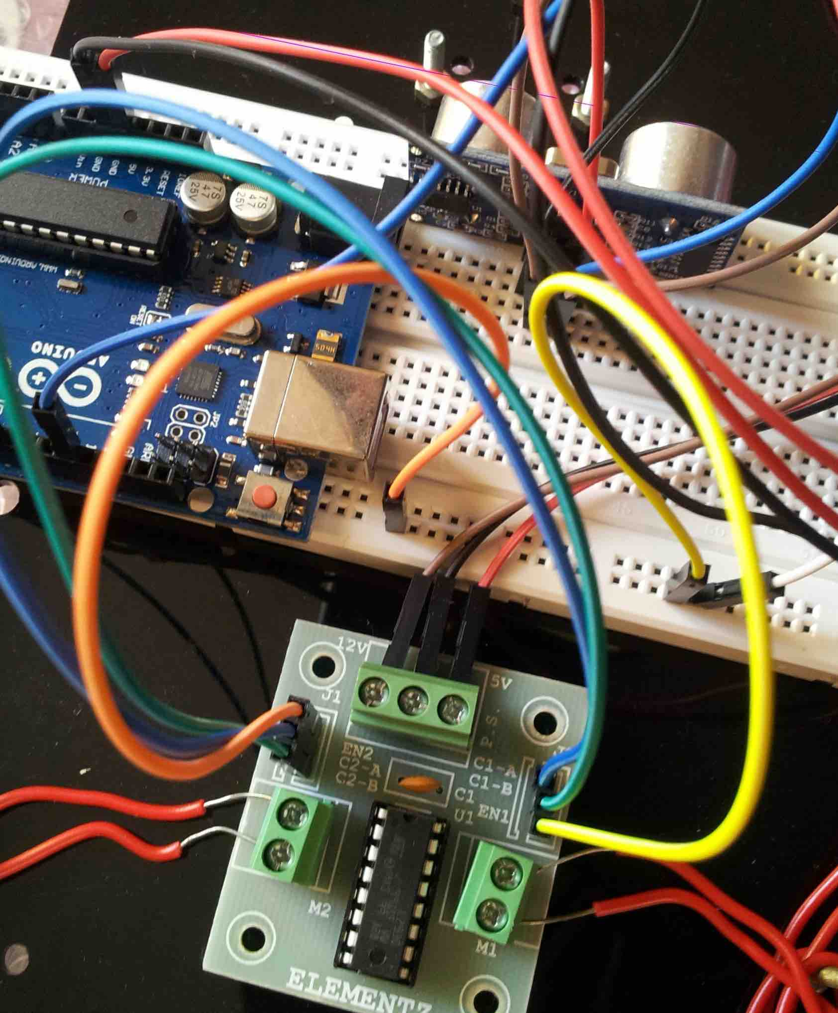 Simple obstacle avoiding robot using arduino - !geek